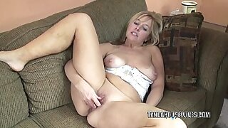 Busty mature playing with a huge dildo - 6:43