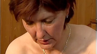 Dirty mature woman going crazy getting - 5:00