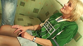 70 years old bitch lost bet and gets pussy fucked - 6:00